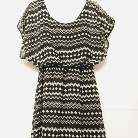 Pinc Dresses & Skirts - Pinc black and white dress size S